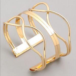 Jewelry - Boutique Gold Cuff Bracelet